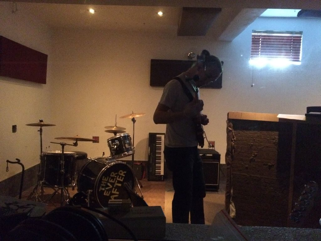 Rhodes live in Studio